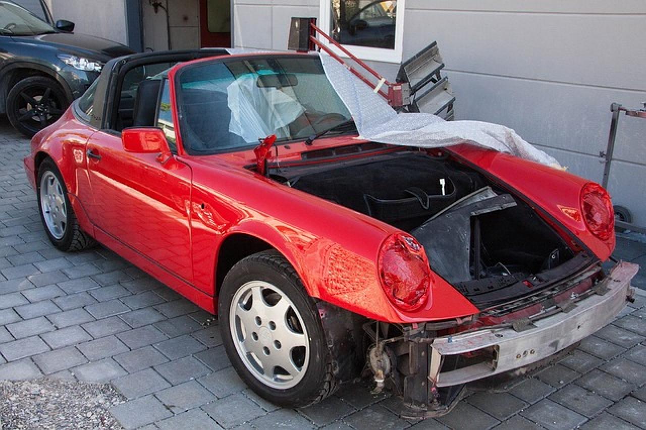 Zdjęcie główne #56 - Czy ubezpieczyciel może skalkulować naprawę samochodu w oparciu o zamienniki? Uważaj na tę pułapkę!