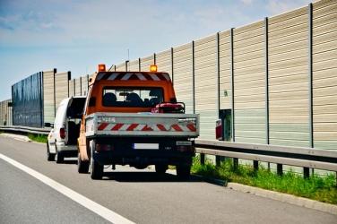 Zdjęcie główne #57 - Zwrot kosztów za holowanie rozbitego auta – to prawo każdego kierowcy!